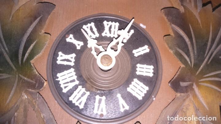 Relojes de pared: Antiguo reloj de cuco alemán. A restaurar - Foto 2 - 166261514