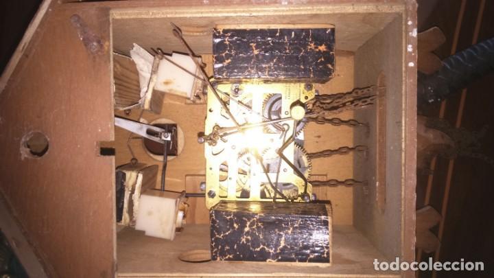 Relojes de pared: Antiguo reloj de cuco alemán. A restaurar - Foto 3 - 166261514