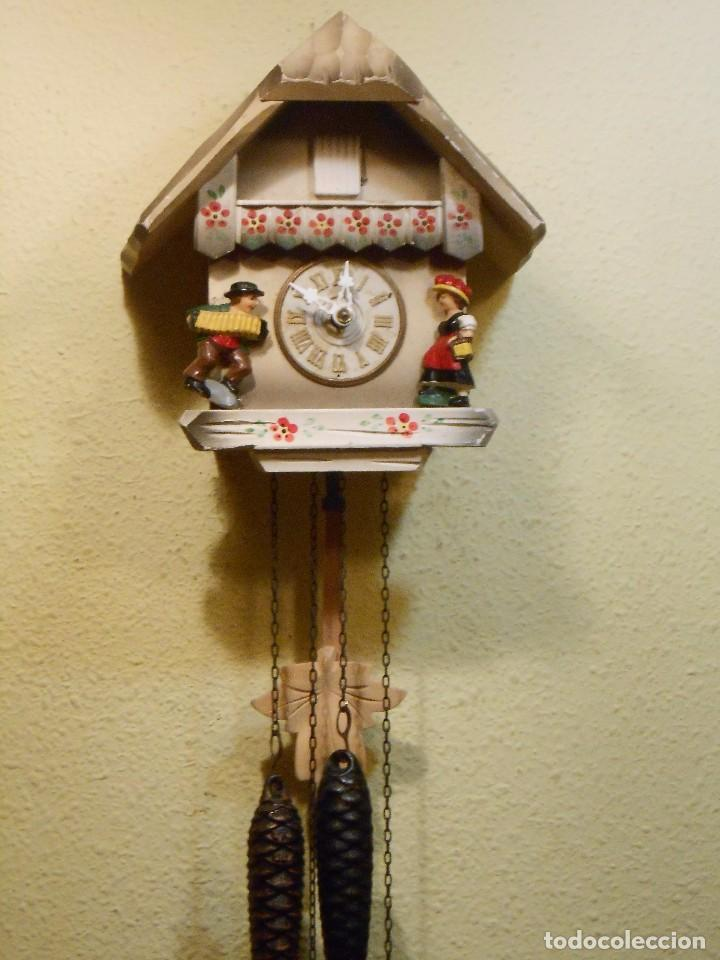 Relojes de pared: PEQUEÑO RELOJ CUCU-CUCO CON FORMA DE CASA. MECÁNICO. - Foto 6 - 167181577