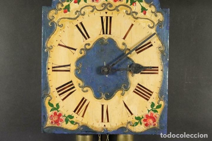 Relojes de pared: ANTIGUO RELOJ PARED S.XIX PENDULO PESAS SONERIA PINTADO MANO ORIG. FUNCIONANDO PERFECTO 34 x 24,5 cm - Foto 2 - 167407724