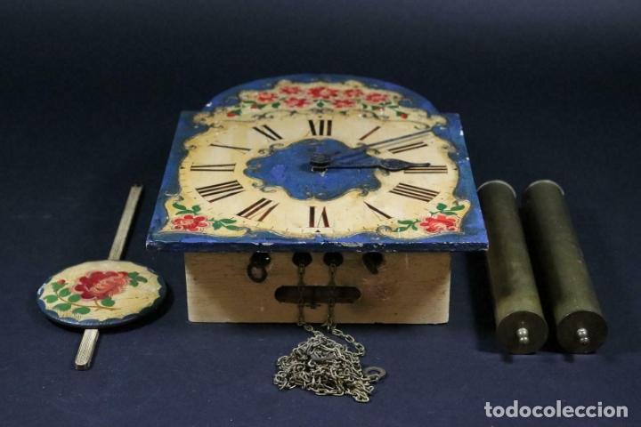Relojes de pared: ANTIGUO RELOJ PARED S.XIX PENDULO PESAS SONERIA PINTADO MANO ORIG. FUNCIONANDO PERFECTO 34 x 24,5 cm - Foto 10 - 167407724