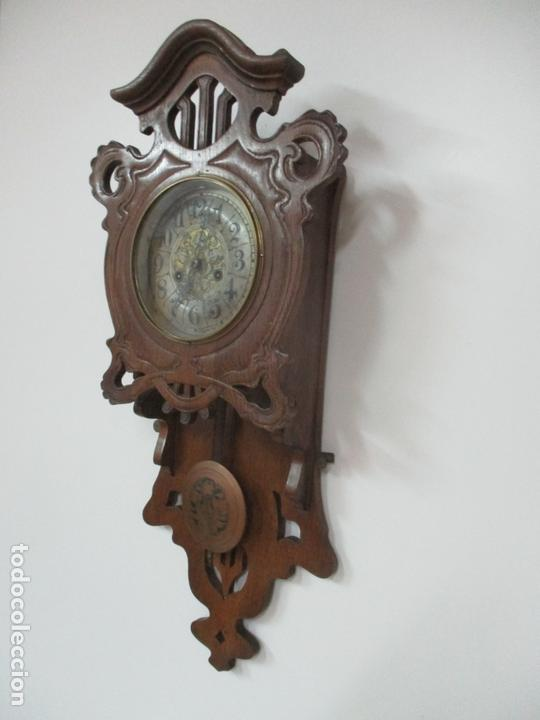 Relojes de pared: Precioso Reloj de Pared, Modernista - Marca CB, Universal Dong - Madera Roble - Completo - Funciona - Foto 3 - 167823308