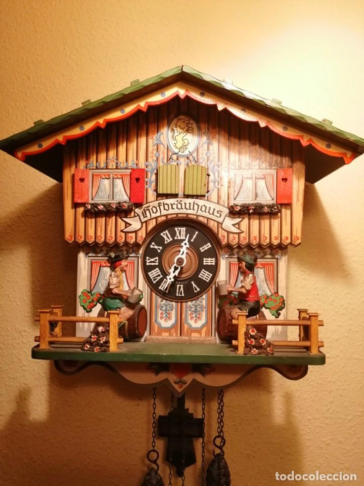 Relojes de pared: RELOJ CUCU-CUCO MUSICAL CON AUTÓMATAS BEBIENDO CERVEZA.WEST GERMANY(SELVA NEGRA). - Foto 2 - 169026288