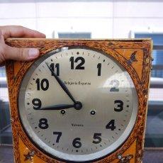 Relojes de pared: ANTIGUO RELOJ DE PARED CARGA MANUAL PUBLICIDAD RELOJERÍA ESPARZA VALENCIA AÑOS 30.. Lote 169571828