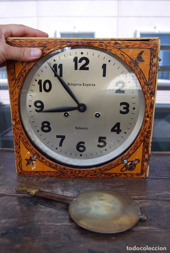 Relojes de pared: ANTIGUO RELOJ DE PARED CARGA MANUAL PUBLICIDAD RELOJERÍA ESPARZA VALENCIA AÑOS 30. - Foto 15 - 169571828