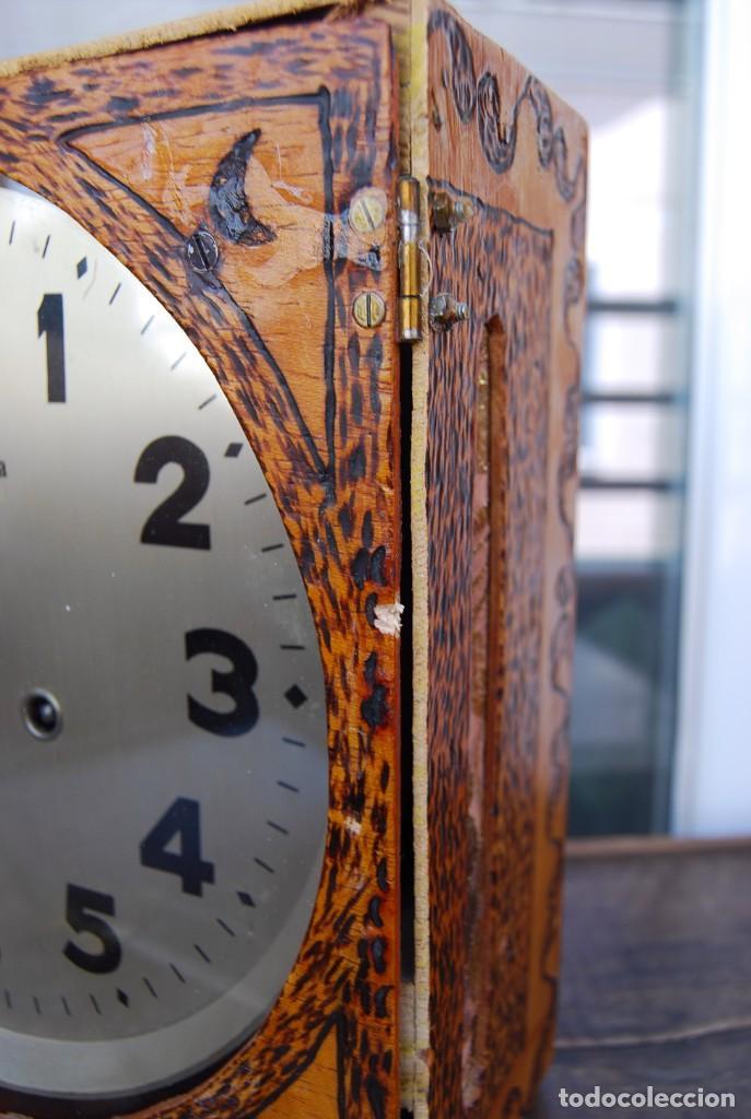 Relojes de pared: ANTIGUO RELOJ DE PARED CARGA MANUAL PUBLICIDAD RELOJERÍA ESPARZA VALENCIA AÑOS 30. - Foto 18 - 169571828