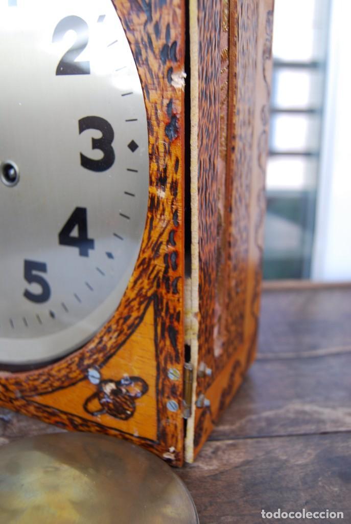 Relojes de pared: ANTIGUO RELOJ DE PARED CARGA MANUAL PUBLICIDAD RELOJERÍA ESPARZA VALENCIA AÑOS 30. - Foto 20 - 169571828