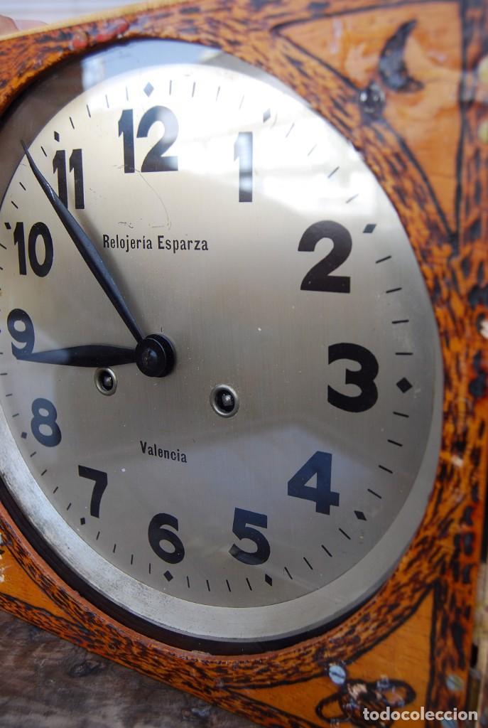 Relojes de pared: ANTIGUO RELOJ DE PARED CARGA MANUAL PUBLICIDAD RELOJERÍA ESPARZA VALENCIA AÑOS 30. - Foto 21 - 169571828