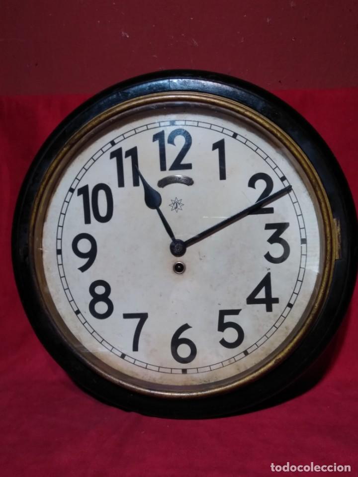 RELOJERIA MAURER RELOJ REDONDO OJO DE BUEY DEL BAR PICULIN DE PRAT DEL LLOBREGAT JUNGHANS AÑOS 20 (Relojes - Pared Carga Manual)