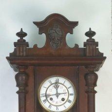Relojes de pared: RELOJ DE PARED. ESTILO ALFONSINO. MADERA. MAQUINARIA PARIS. SIGLO XIX-XX.. Lote 170264064