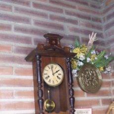 Relojes de pared: ¡¡GRAN OFERTA!!ANTIGUO RELOJ ALFONSINO PFEILKREUZ ALEMANIA- 1920- MUY BUEN FUNCIONAMIENTO-LOTE 196. Lote 171052359