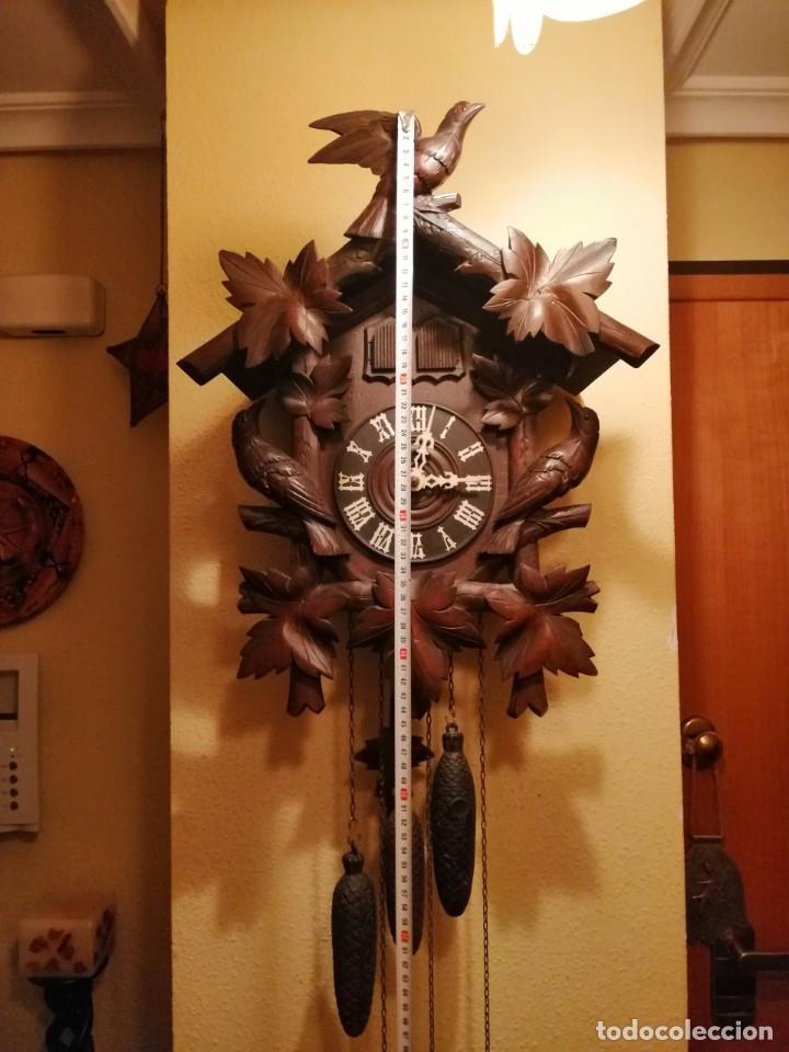 Relojes de pared: ANTIGUO RELOJ CUCU-CUCO TIPO CODORNIZ,CON PÁJAROS DE MADERA QUE MUEVEN LAS ALAS(HUBERT HERR TRIBERG) - Foto 7 - 171249045