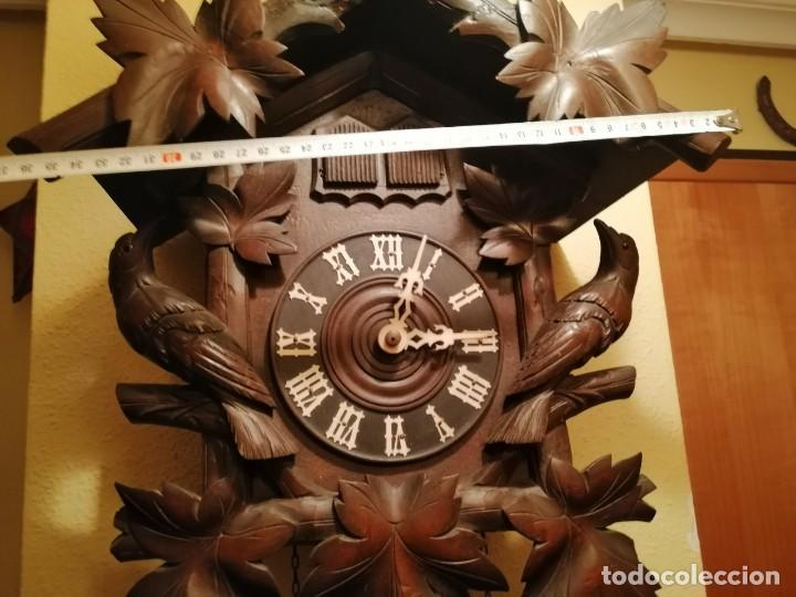 Relojes de pared: ANTIGUO RELOJ CUCU-CUCO TIPO CODORNIZ,CON PÁJAROS DE MADERA QUE MUEVEN LAS ALAS(HUBERT HERR TRIBERG) - Foto 9 - 171249045
