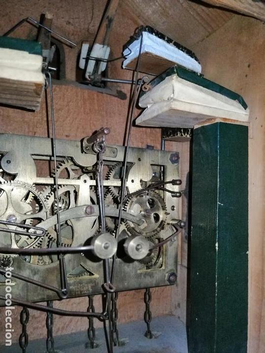 Relojes de pared: ANTIGUO RELOJ CUCU-CUCO TIPO CODORNIZ,CON PÁJAROS DE MADERA QUE MUEVEN LAS ALAS(HUBERT HERR TRIBERG) - Foto 20 - 171249045