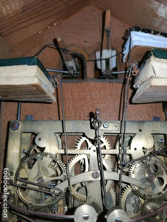 Relojes de pared: ANTIGUO RELOJ CUCU-CUCO TIPO CODORNIZ,CON PÁJAROS DE MADERA QUE MUEVEN LAS ALAS(HUBERT HERR TRIBERG) - Foto 21 - 171249045
