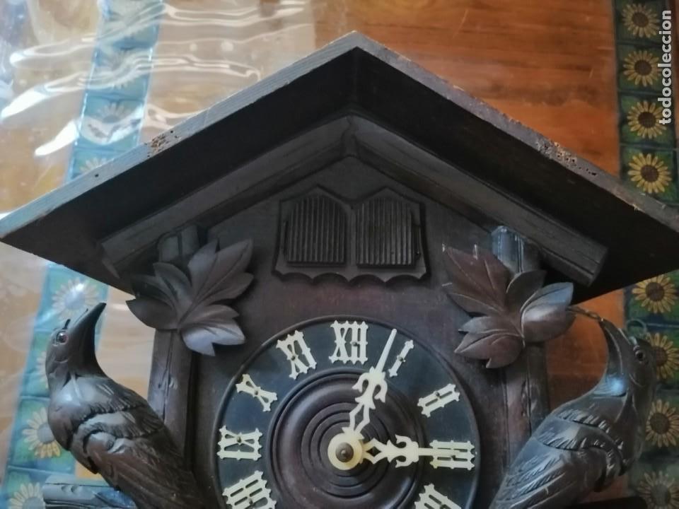 Relojes de pared: ANTIGUO RELOJ CUCU-CUCO TIPO CODORNIZ,CON PÁJAROS DE MADERA QUE MUEVEN LAS ALAS(HUBERT HERR TRIBERG) - Foto 23 - 171249045