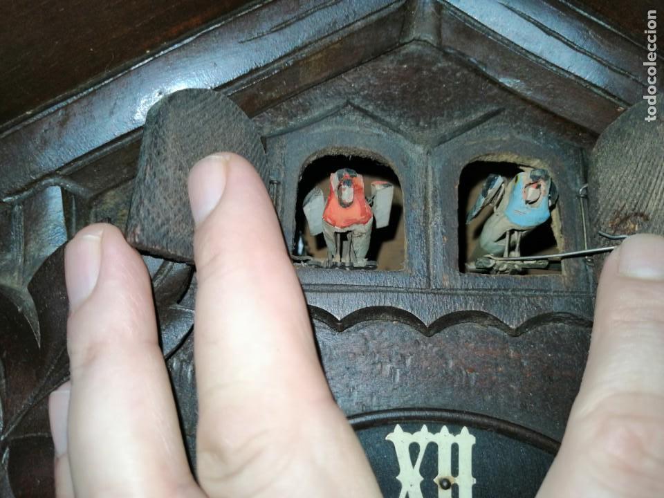 Relojes de pared: ANTIGUO RELOJ CUCU-CUCO TIPO CODORNIZ,CON PÁJAROS DE MADERA QUE MUEVEN LAS ALAS(HUBERT HERR TRIBERG) - Foto 24 - 171249045
