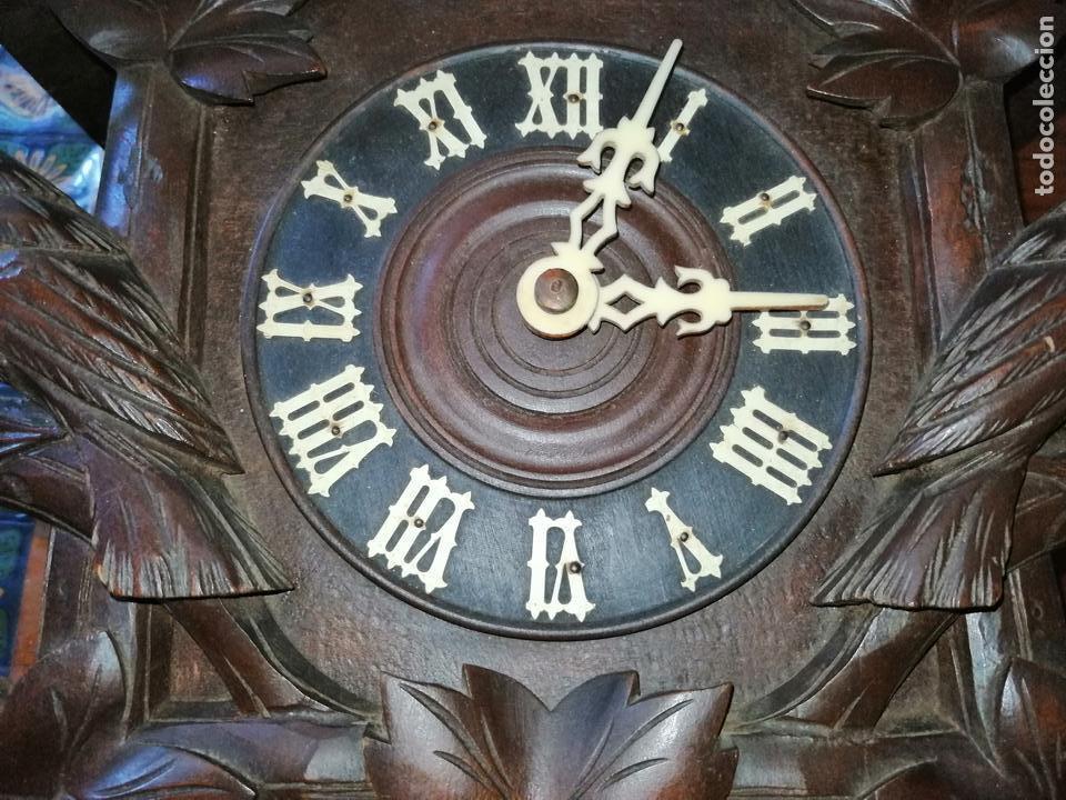 Relojes de pared: ANTIGUO RELOJ CUCU-CUCO TIPO CODORNIZ,CON PÁJAROS DE MADERA QUE MUEVEN LAS ALAS(HUBERT HERR TRIBERG) - Foto 27 - 171249045