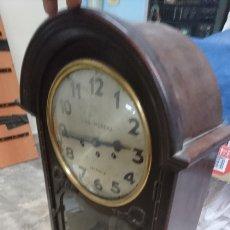 Relojes de pared: RELOJ DE PARED LUIS MORERA VALENCIA. Lote 171387798