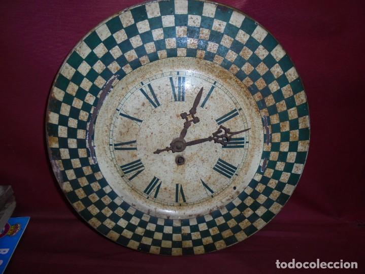 MAGNIFICO ANTIGUO RELOJ A CUERDA PRINCIPIOS DEL 1900 (Relojes - Pared Carga Manual)