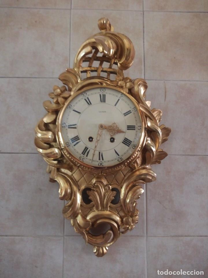 ESPECTACULAR RELOJ DE PARED DE CARGA MANUAL LUXOR SUISSE MADE,MADERA RECUBIERTA DE PORCELANA CON ORO (Relojes - Pared Carga Manual)
