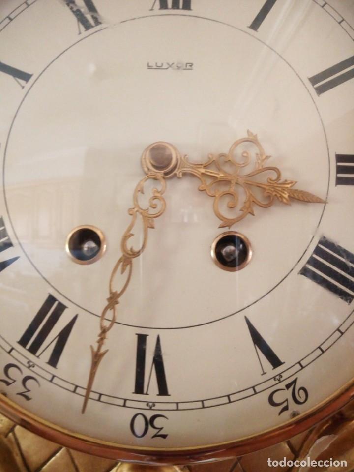 Relojes de pared: espectacular reloj de pared de carga manual luxor suisse made,madera recubierta de porcelana con oro - Foto 21 - 172787003