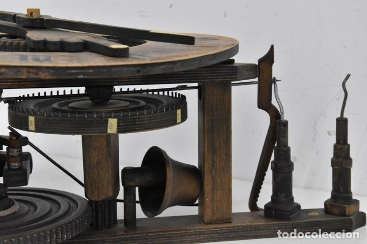 Relojes de pared: gran reloj madera muy raro s. XIX 3 campanas .Dimensiones: 60x83x25 cm pieza de museo 980 eu. - Foto 5 - 173082357