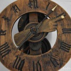 Relojes de pared: GRAN RELOJ MADERA MUY RARO S. XIX 3 CAMPANAS .DIMENSIONES: 60X83X25 CM PIEZA DE MUSEO 980 EU.. Lote 173082357