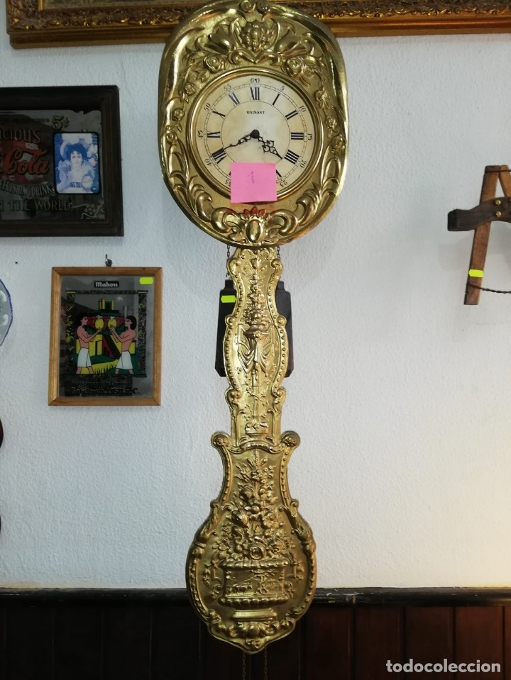 MAGNÍFICO RELOJ MOREZ DE PÉNDULO REAL. LATONADO ALTO. (Relojes - Pared Carga Manual)