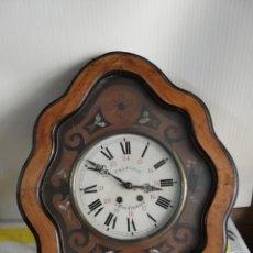 Relojes de pared: ANTIGUO RELOJ OJO DE BUEY SIGLO XIX INCRUSTACIONES DE NÁCAR. Lote 174057634
