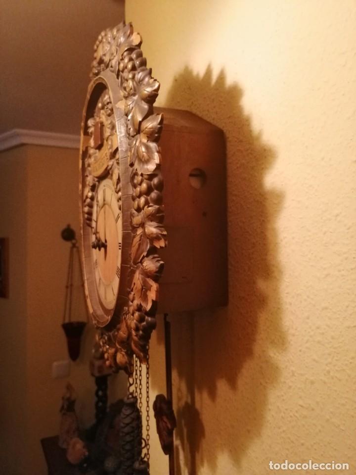 Relojes de pared: RELOJ CUCU-CUCO IN VINO VERITAS .MADE IN WEST GERMANY. MECÁNICO Y FUNCIONANDO. - Foto 7 - 175342258