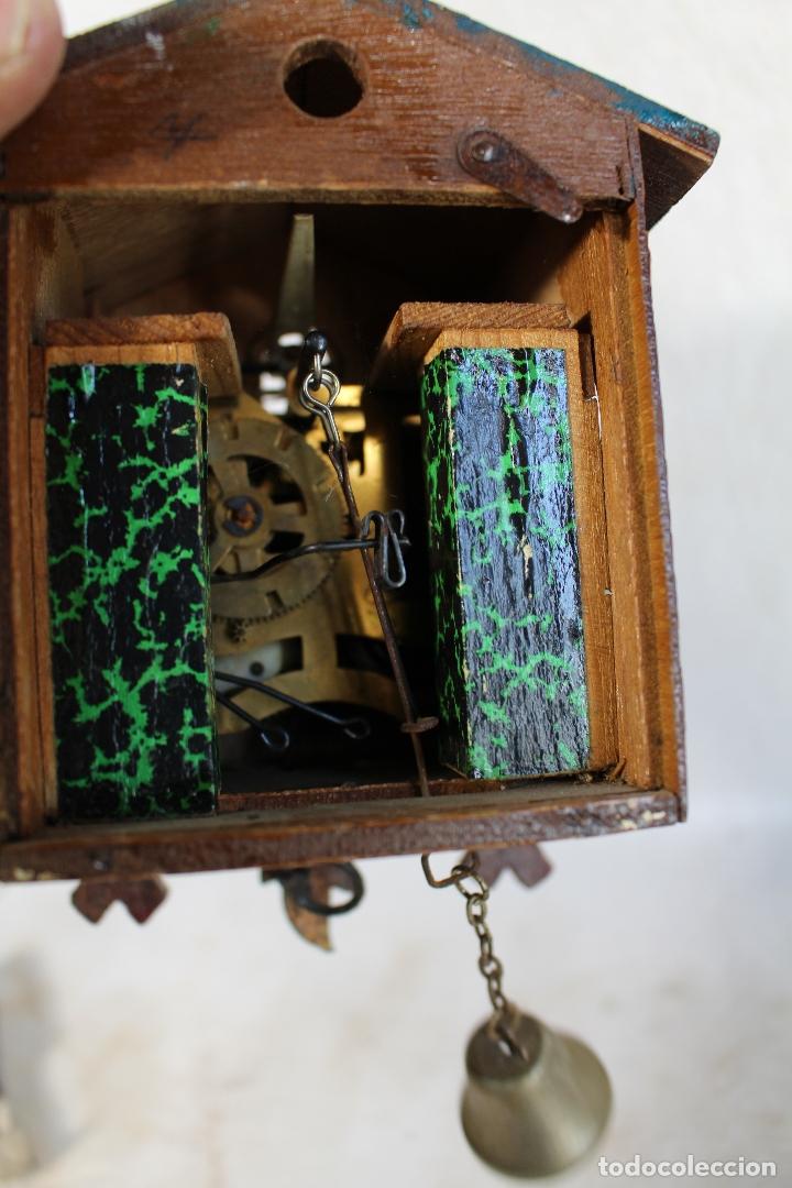 Relojes de pared: reloj cuco de madera repintada para restaurar - Foto 3 - 176148408
