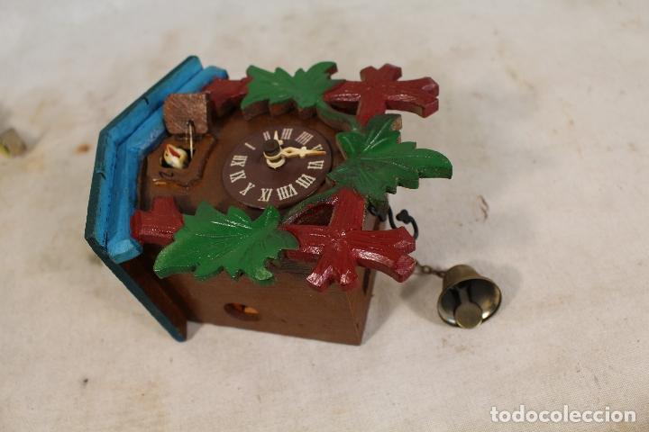 Relojes de pared: reloj cuco de madera repintada para restaurar - Foto 6 - 176148408