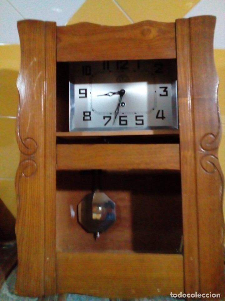 ANTIGUO RELOJ DE PARED (Relojes - Pared Carga Manual)