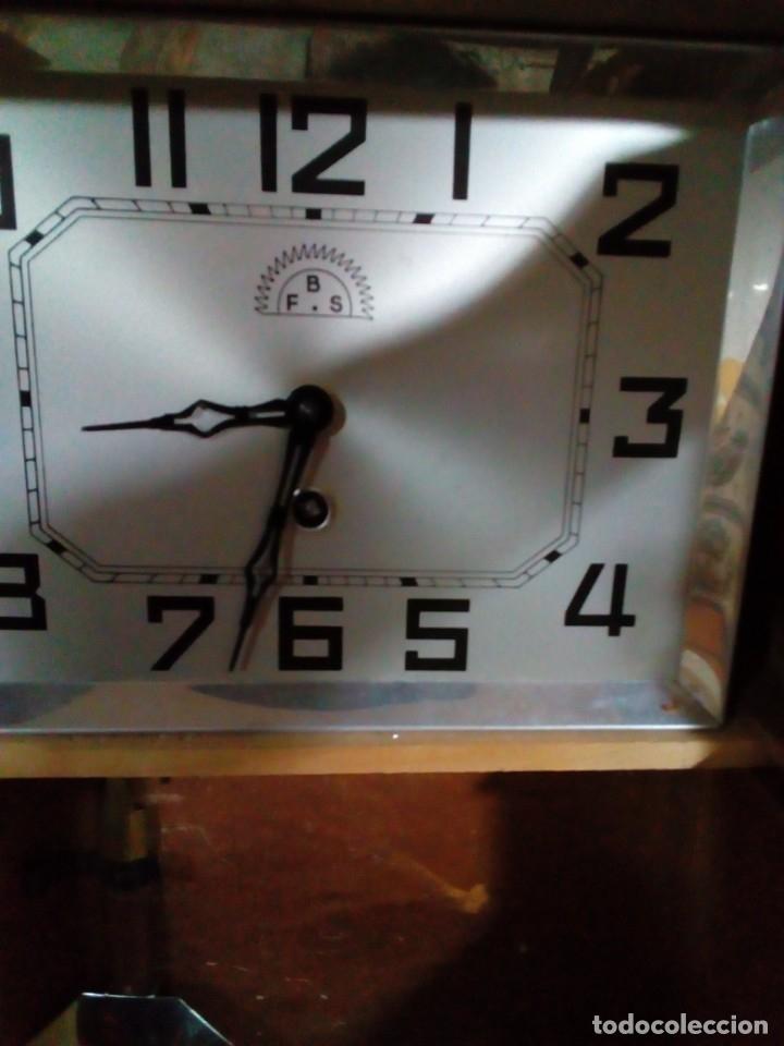 Relojes de pared: ANTIGUO RELOJ DE PARED - Foto 5 - 130998836