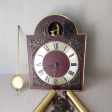 Relojes de pared: RELOJ DE PARED ( TEMPUS FUGIT.) FUNCIONA.. Lote 176782977