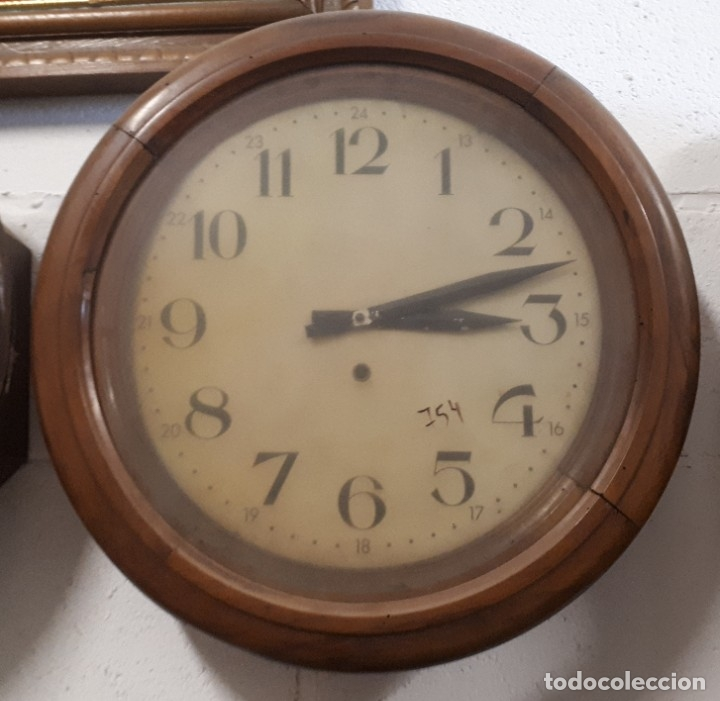 RELOJ DE PARED REDONDO (Relojes - Pared Carga Manual)