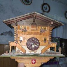 Relojes de pared: RELOJ DE CUCO SUIZO. Lote 178238272