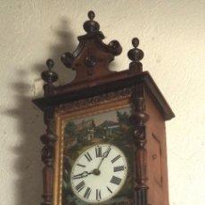 Relojes de pared: RELOJ DE PARED PINTADO DE SELVA NEGRA. Lote 178270230