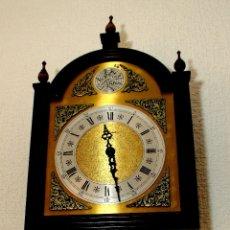 Relojes de pared: RELOJ DE PÉNDULO, CON PESAS REGULABLE.. Lote 178900532