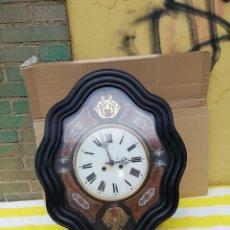 Relojes de pared: IMPRESIONANTE RELOJ OJO DE BUEY INCRUSTACIONES DE NÁCAR LATÓN CAREY SIGLO XIX. Lote 179334993