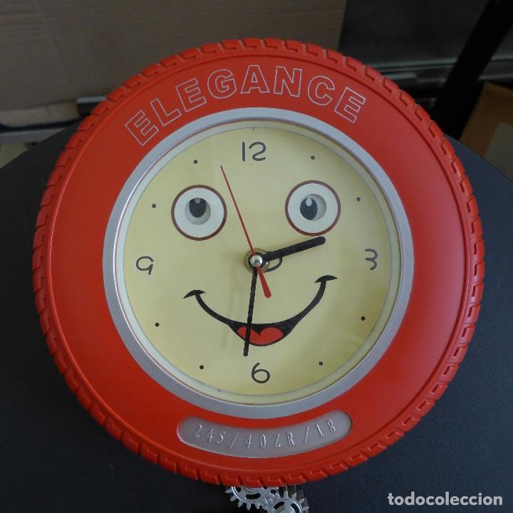 Relojes de pared: RELOJ DE PARED ELEGANCE FORMA DE NEUMATICO IDEAL DECORACION TALLER AUTOMOVIL O MOTOS - Foto 2 - 180040677