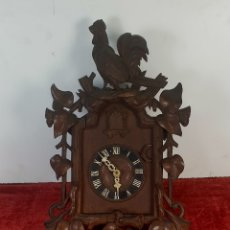 Relojes de pared: RELOJ DE PARED. FRONTAL DE MADERA DE CAOBA. SELVA NEGRA. ALEMANIA. SIGLO XIX. Lote 180070656