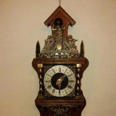 Relojes de pared: RELOJ ALEMÁN, APROX AÑO 1850 MADERA Y BRONCES. Lote 180944385