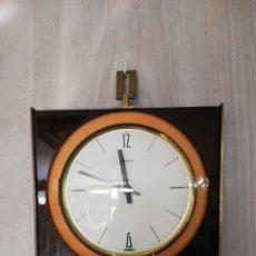 Relojes de pared: RELOJ DE PARED HERMLE GERMANY. Lote 181451435
