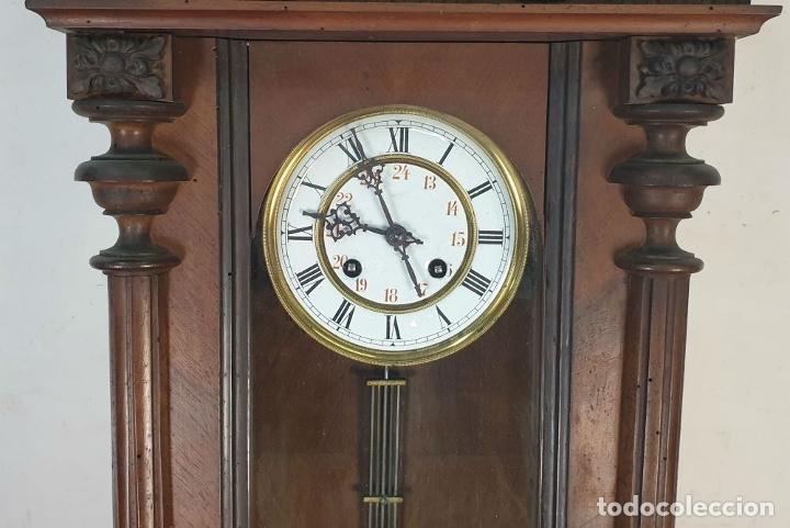 Relojes de pared: RELOJ DE PARED. MADERA. ESTILO ALFONSINO. MAQUINARIA SUIZA. SIGLO XIX-XX. - Foto 3 - 182265856