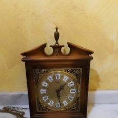 Relojes de pared: RELOJ DE PARED MARCA SARS, FUNCIONANDO. Lote 182370807