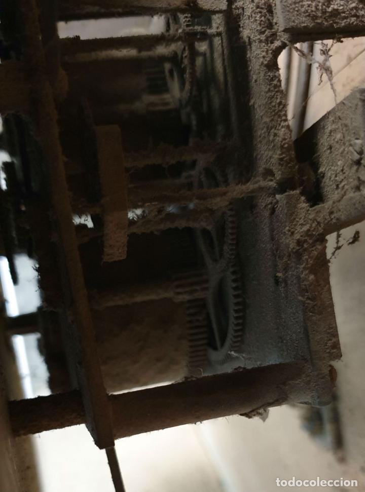 Relojes de pared: RELOJ DE PARED. OJO DE BUEY. ESTILO ISABELINO. MAQUINA PARÍS. SIGLO XIX. - Foto 8 - 183095570