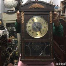 Relojes de pared: RELOJ DE PARED FUNCIONANDO CORRECTAMENTE. Lote 184170938