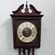 Relojes de pared: RELOJ ANTIGUO CON TERMOMETRO BAROMETRO HIGROMETRO CUERDA 8 DIAS. Lote 184414683